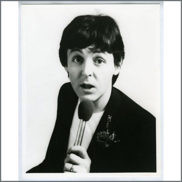 B25805 Paul McCartney 1980 II Linda Promotional Photograph UK