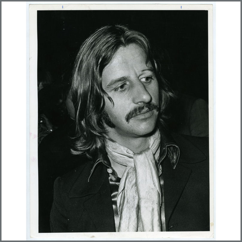 B25975 Ringo Starr 1969 Give Peace A Chance Reception London Vintage Photograph UK