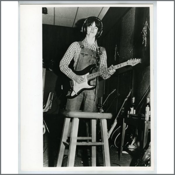 B20183 - Wings Jimmy McCulloch Linda McCartney Vintage Photograph