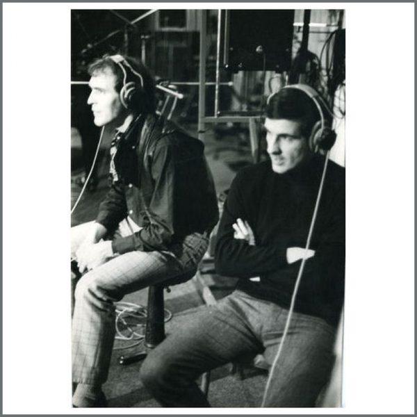 B23180 - Neil Aspinall & Hunter Davies 1967 Vintage Photograph (UK)