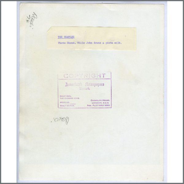 B23782 – John Lennon 1964 Vintage Photograph (UK) 2