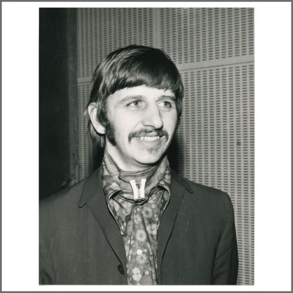 B24249 - Ringo Starr 1967 Lucy In The Sky With Diamonds Leslie Bryce Vintage Photograph (UK)