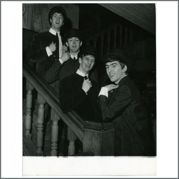 B24298 - The Beatles 1963 London Tony Gale Vintage Photograph (UK)