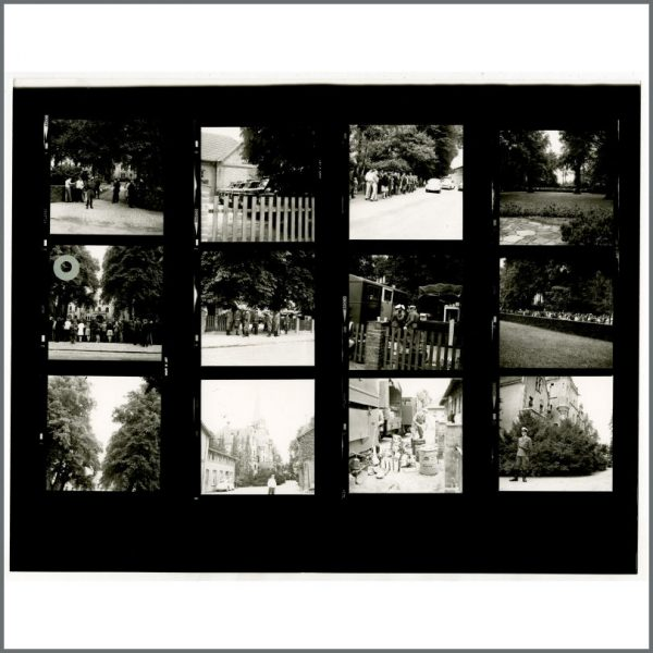 B24530 – The Beatles 1966 Schlosshotel Tremsbuttel Contact Sheets (Germany) 5