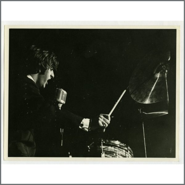 B25149 - Ringo Starr 1964 The Beatles Las Vegas Concert Vintage Photograph (UK)