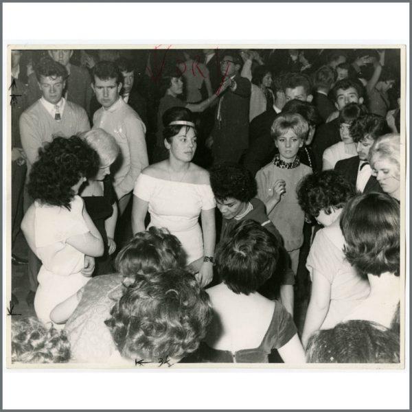 B25157 - Ringo Starr Early 1960s Butlins Pwllheli Vintage Photograph (UK)