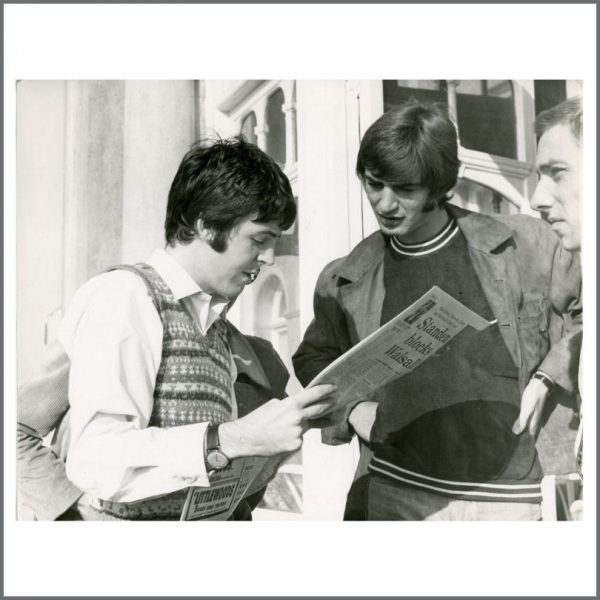 B25281 - Paul McCartney 1967 Magical Mystery Tour Vintage Photograph (UK)