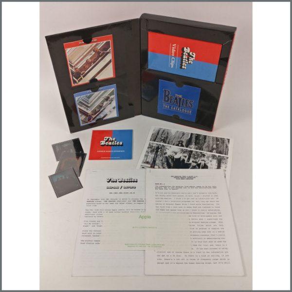 B25498 - The Beatles 1993 1962-1966 & 1967-1970 Promotional Press Kit (UK)