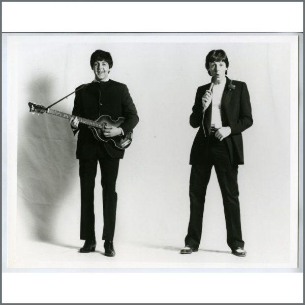 B25803 - Paul McCartney 1980 McCartney II Linda McCartney Promotional Photograph (UK)