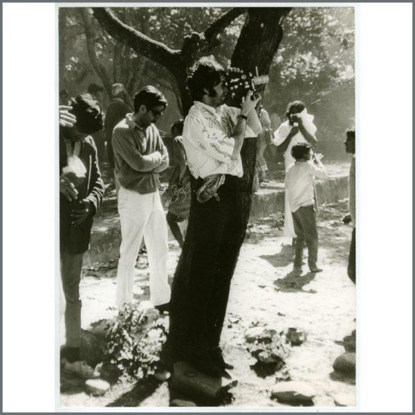 B26020 - Paul McCartney 1968 Vintage Photograph (India)