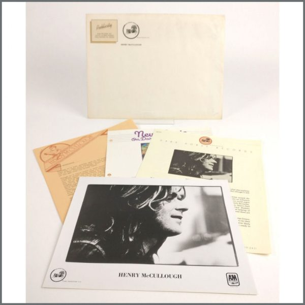 B26099 - Henry McCullough 1975 Dark Horse Records Promotional Press Kit (USA)
