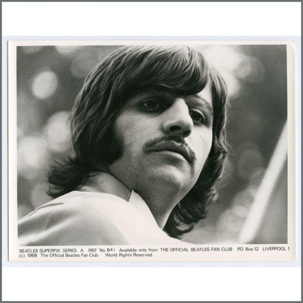 B26114 – The Beatles 1968 Fan Club Superpix Photographs Series A (UK) 4