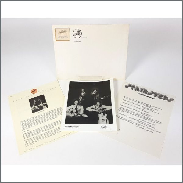 B26131 - Stairsteps 1976 Dark Horse Records Promotional Press Kit (USA)