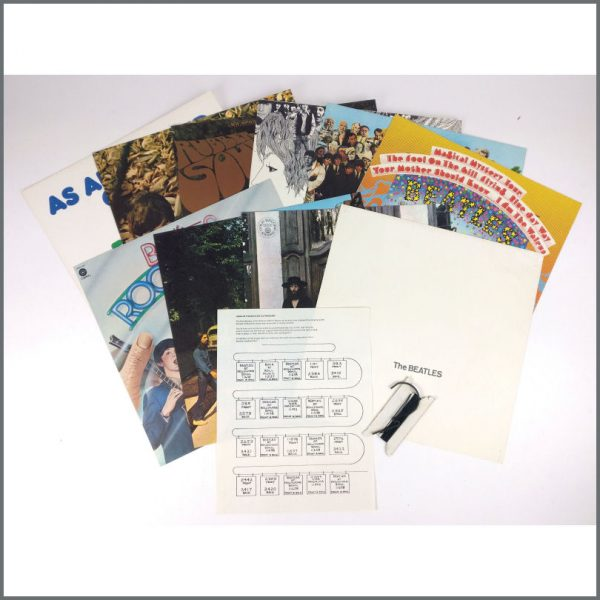 B26278 – The Beatles 1977 Capitol Records Album Cover Clothesline Promotional Shop Display (USA) 1
