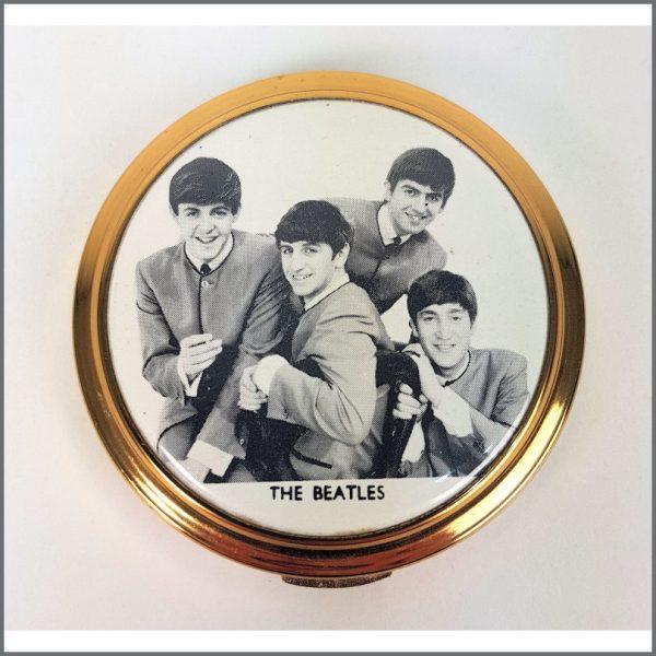 B26493 - The Beatles 1964 Make Up Compact (UK)