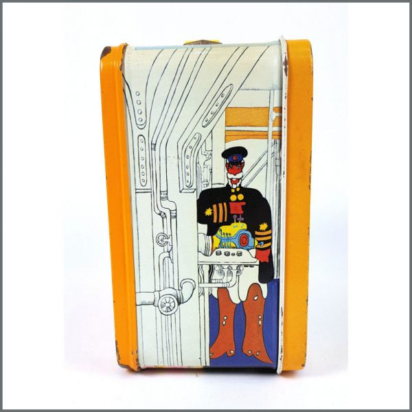 B26552 – The Beatles 1968 Yellow Submarine Lunch Box & Thermos (USA) 5