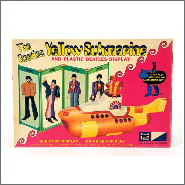 B26586 – The Beatles 1968 Yellow Submarine Model Kit (USA) 1
