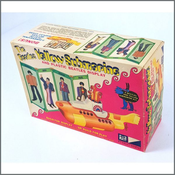 B26586 – The Beatles 1968 Yellow Submarine Model Kit (USA) 2