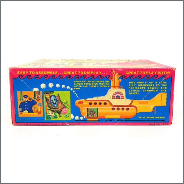 B26586 – The Beatles 1968 Yellow Submarine Model Kit (USA) 3