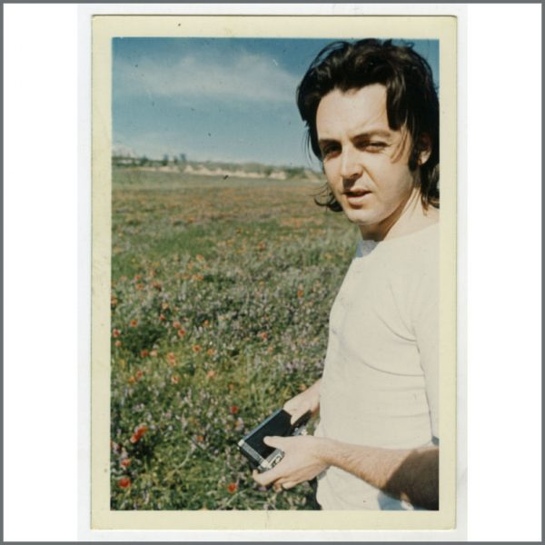 B26597 - Paul McCartney c.1980 Linda McCartney Unpublished Photograph (UK)