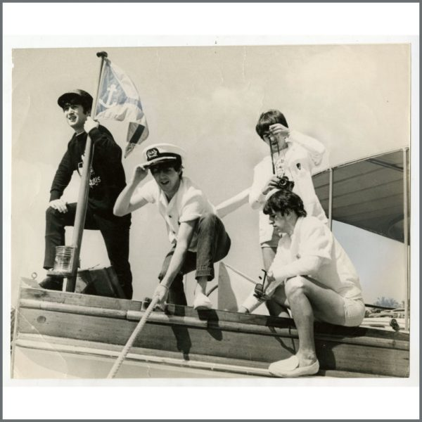 B26684 - The Beatles 1964 Miami Harbour Vintage Photograph (USA)