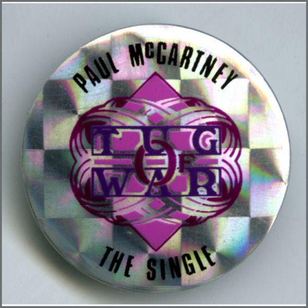 B26695 - Paul McCartney 1982 Tug Of War Promotional Pin Badge (UK)