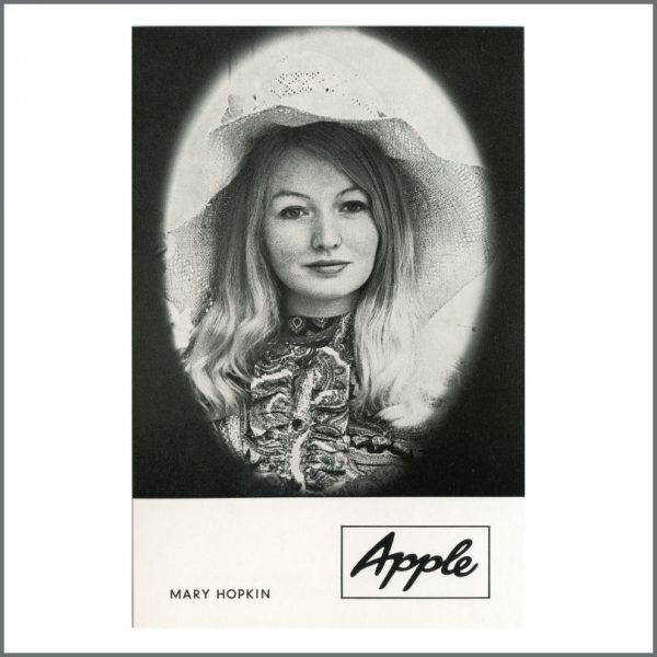 B27068 - Mary Hopkin 1968 Apple Records Those Were The Days Promotional Card (Germany)