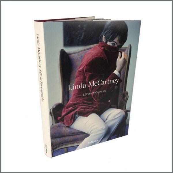 B27480 – Linda McCartney: Life In Photographs Book (UK) 2