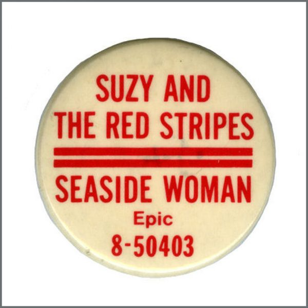 B27619 - Paul McCartney & Wings 1977 Suzy & The Red Stripes Seaside Woman Promotional Pin Badge (USA)
