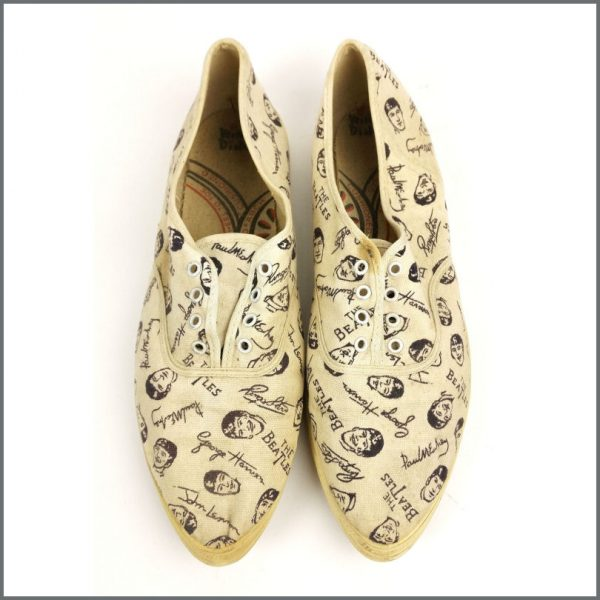 B27705 - The Beatles 1964 Wing Dings Sneakers (USA)
