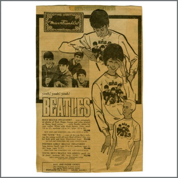 B27715 – The Beatles 1964 White Merchandising Sweatshirt (USA) 2