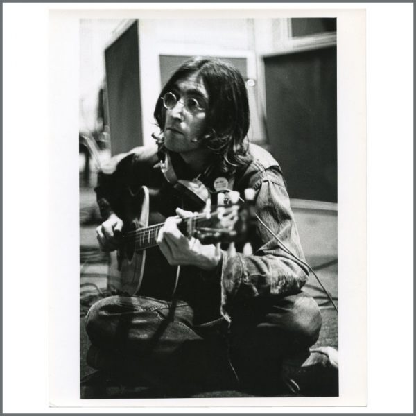 B28037 - John Lennon 1968 Vintage Let It Be Linda McCartney Photograph Rose Martin Collection (UK)