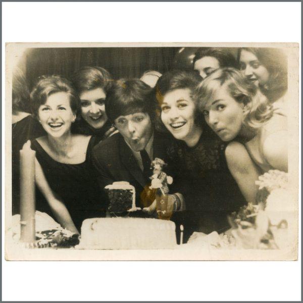 B28038 - Paul McCartney 1964 Birthday Party Vintage Photograph (UK)