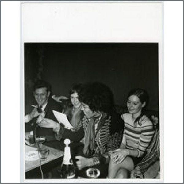 HEN0072 - Jimi Hendrix Experience Black And White Photo (Germany)