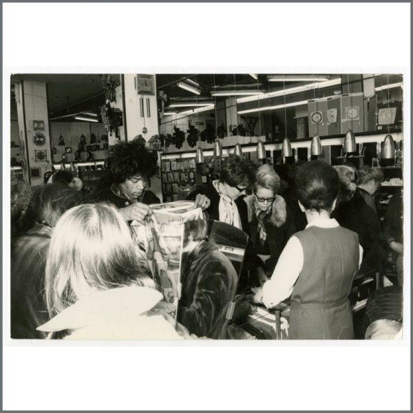 HEN0117 - Jimi Hendrix 1967 Hamburg Vintage Photograph (Germany)