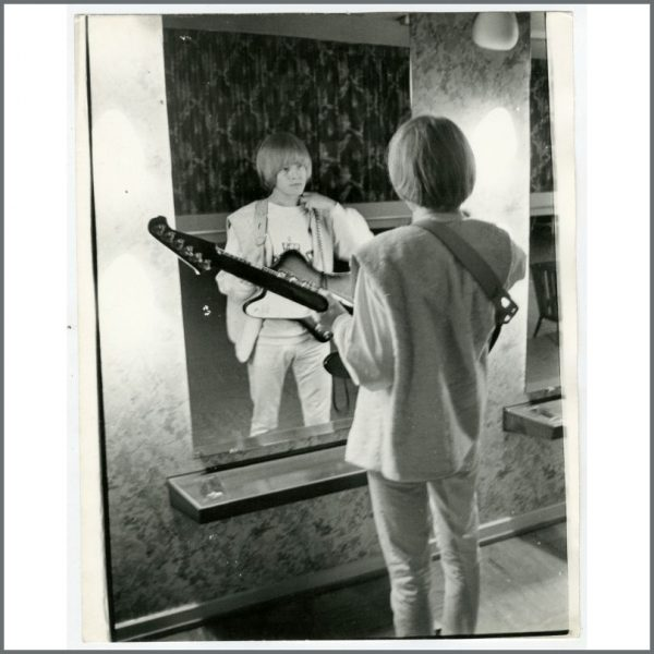 RS522 - Brian Jones 1965 Bent Rej Vintage Photograph (Germany)
