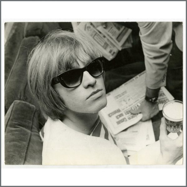 RS593 - Rolling Stones Brian Jones 1965 Vintage Photograph (Germany)
